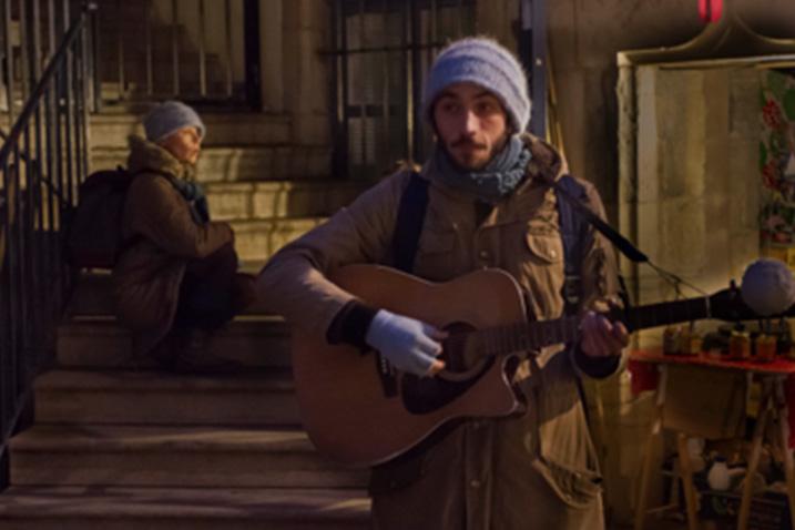 Montage poétique et mis en scène: Marie Chabauty. Musique: Baptiste Chabauty. Jeu et chant: Catherine Clerc et Baptiste Chabauty
